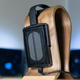 Review Stax SRS 3100